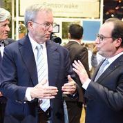 François Hollande lance une opération séduction dans le numérique