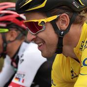 Tour de France : les coureurs grimpent, le prix des hôtels aussi