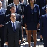 Les messages politiques distillés par Hollande dans son hommage à Rocard