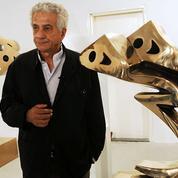 Le célèbre sculpteur iranien Parviz Tanavoli interdit de quitter son pays