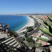 La France tente de rassurer ses touristes