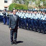 Lutte antiterroriste : à Tulle, Hollande répond à Sarkozy