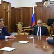 Russie : Poutine limoge l'homme fort du Kremlin