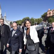 À Lourdes, Bernard Cazeneuve dit aux catholiques sa «solidarité»