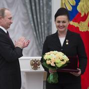 Cosmonautes, sportifs, stars de la TV: les soldats de Poutine au garde-à-vous