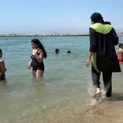 Des photos de patrouilles «anti-burkini» à Nice suscitent la polémique