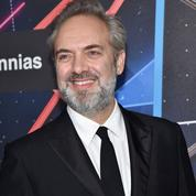 Après James Bond, Sam Mendes passe d'un James à l'autre