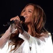 Beyoncé, l'étincelante reine des MTV Video Music Awards 2016