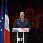 Les hollandais et les vallsistes lâchent leurs coups contre Macron