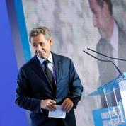La droite surveille Macron mais ne le redoute pas