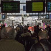 Des agents en civil et armés autorisés dans les trains et les métro