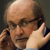 Burkini : Salman Rushdie opposé «à toute forme de couverture du corps féminin»