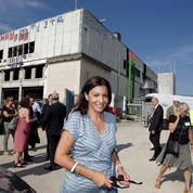 Hidalgo prépare l'ouverture du «premier camp de réfugiés en zone urbaine dense»
