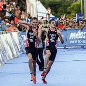 Triathlon : son frère est victime d'un malaise, il l'aide à terminer la course
