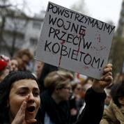 La Pologne vote pour interdire l'IVG