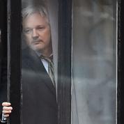 Julian Assange, le hackeur qui perturbe la campagne d'Hillary Clinton