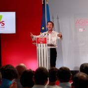 Migrants : Valls appelle les politiques à ne pas «jeter de l'huile sur le feu»