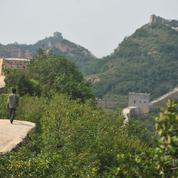 Le bétonnage d'un tronçon de la Grande Muraille indigne en Chine