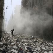 Syrie : Alep croule sous les bombardements et manque de tout