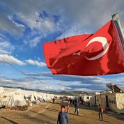 L'UE va distribuer des cartes prépayées aux réfugiés en Turquie