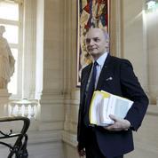 La Cour des comptes étrille les emplois d'avenir de Hollande
