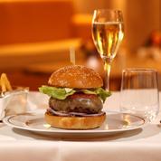 Le burger a trouvé sa place même dans les restaurants gastronomiques