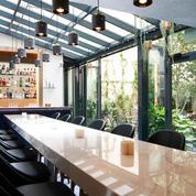 Anouk, bar à manger et patio coquet