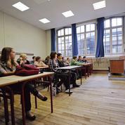 En manque de profs d'espagnol, l'académie de Versailles s'en remet à l'ambassade de l'Uruguay