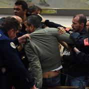 Béziers : Robert Ménard fait adopter un référendum anti-migrants
