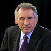 Bayrou raille l'offensive sarkozyste : «Ça sent la panique dans les rangs»