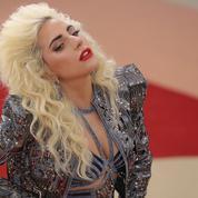 Lady Gaga se met au karaoké avec James Corden