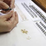 Au masculin, les perles sortent du rang