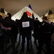 À Paris, les policiers ne désarment pas