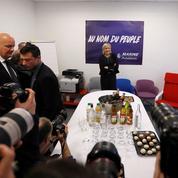 Marine Le Pen inaugure son QG de campagne dans la même rue que l'Élysée