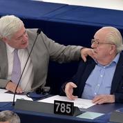 Gollnisch, ancien dauphin de Jean-Marie Le Pen, revient aux affaires au FN