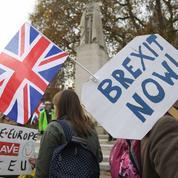 Au Royaume-Uni, Theresa May veut aider les ménages «qui s'en sortent tout juste»