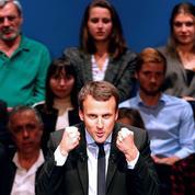 Emmanuel Macron se frotte les mains