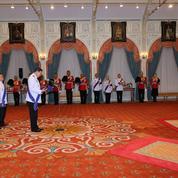Rama X proclamé roi de Thaïlande