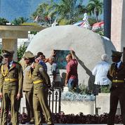 À Santiago de Cuba, les cendres de la révolution