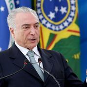Le Brésil serre la vis sur les retraites