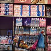 Comment Danone compte faire boire plus d'eau aux Français