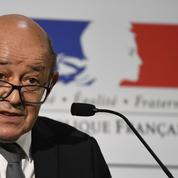 Jean-Yves Le Drian officialise son soutien à Manuel Valls