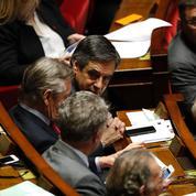 Sécurité sociale: François Fillon tente d'apaiser son camp