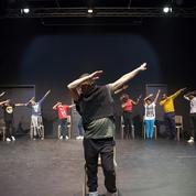 Comment Hasni ou Roj, enfants réfugiés syriens, se reconstruisent avec la danse