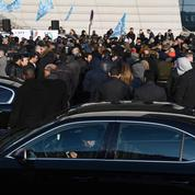 Malgré le pas fait par Uber, les chauffeurs appellent à de nouveaux blocages