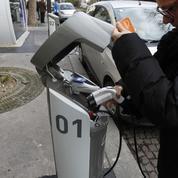 Voiture électrique: Bolloré n'a pas installé une seule borne de recharge