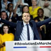Le candidat Macron finit l'année en fanfare