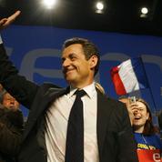 Présidentielle 2007: la dynamique Sarkozy s'impose à droite