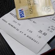 Les Français incités à choisir des cartes bancaires de plus en plus haut de gamme
