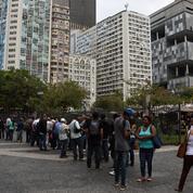 La crise brésilienne fait repartir le chômage à Rio